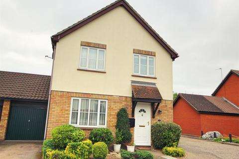 4 bedroom detached house for sale - Pollards Green, CHELMSFORD, Essex