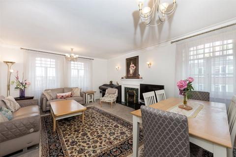 4 bedroom apartment for sale - Hyde Park Mansions, Chapel Street, Marylebone, London, NW1