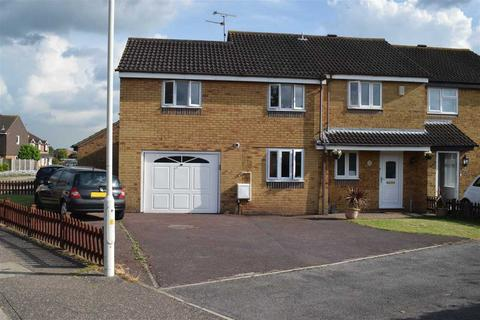 4 bedroom semi-detached house for sale - Rubens Gate, Springfield, Chelmsford