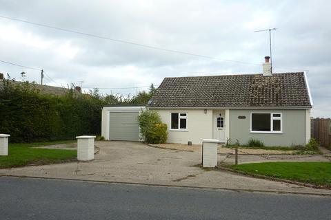 2 bedroom detached bungalow to rent - Bedfield, Nr Framlingham