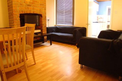 3 bedroom house to rent - Wordsworth Road, Arboretum, Nottingham, Nottinghamshire, NG7