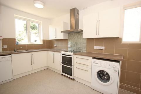 4 bedroom semi-detached house to rent - Abingdon Road, Oxford