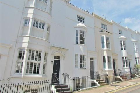 2 bedroom maisonette to rent - Hampton Place, BRIGHTON, BN1
