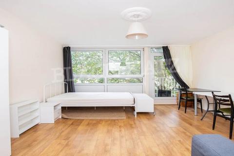 2 bedroom flat to rent - Albany Street