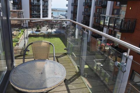 2 bedroom apartment to rent - Channel Way, Ocean Village, Southampton SO14