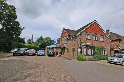 Guest house for sale - Gatwick House, Brighton Road, Horley