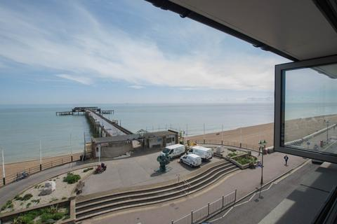 2 bedroom penthouse for sale - The Quarterdeck, Deal, CT14