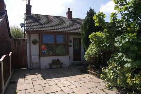 2 bedroom semi-detached bungalow for sale - Lytham Road Warton Preston Lancashire