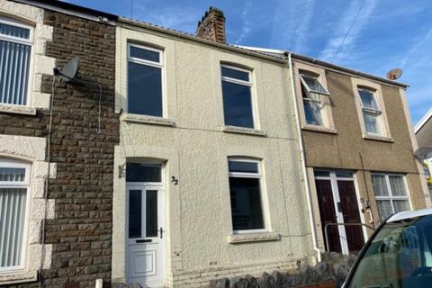 3 bedroom terraced house to rent - 32 Eaton Road Brynhyfryd Swansea