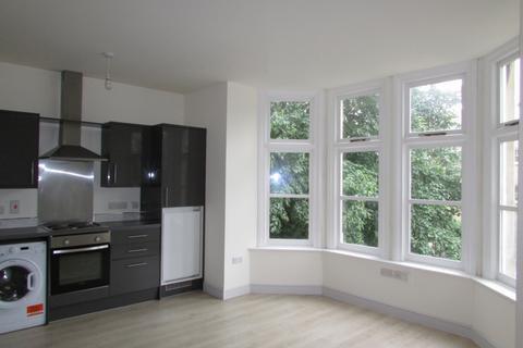 Studio to rent - Lincoln Road, Peterborough, PE1