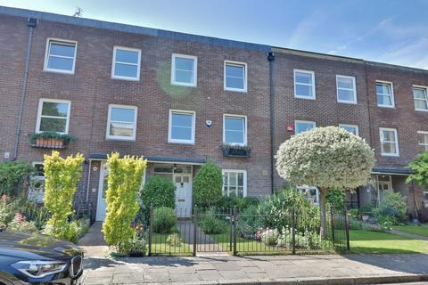 4 bedroom townhouse for sale - Oyster Street, Old Portsmouth