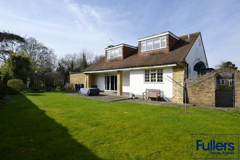 7 bedroom detached house for sale - Bush Hill, London N21