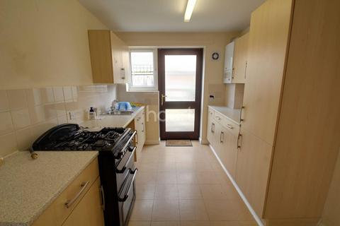 2 bedroom semi-detached house for sale - Burton Street, Peterborough, PE1 5HA