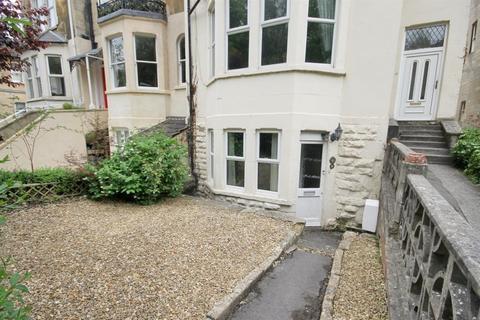 1 bedroom flat to rent - Prior Park Road