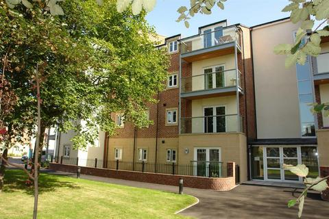 2 bedroom flat for sale - Wharry Court, Manor Park, Newcastle Upon Tyne