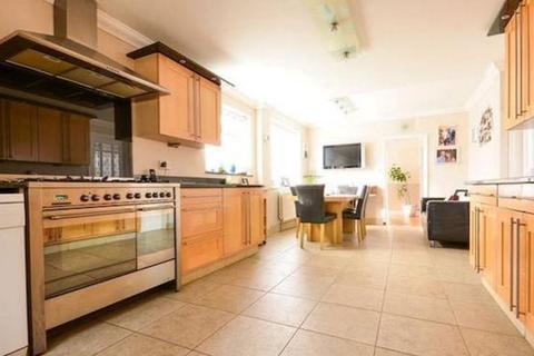 1 bedroom semi-detached house to rent - En-Suite on Milton Road CB4