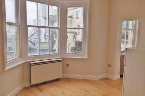 Property to rent - 50 Kings Road, BRIGHTON BN1
