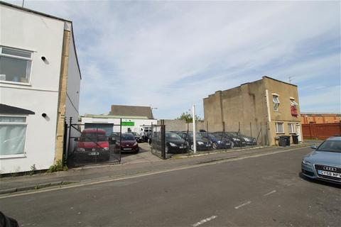 Warehouse to rent - Brook Road, Southville, Bristol