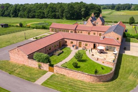 5 bedroom equestrian facility for sale - Moor House Farm, Willingham Road, Lea, DN21