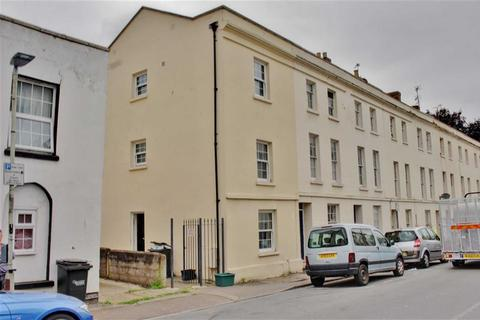 4 bedroom end of terrace house to rent - Oxford Street, Gloucester