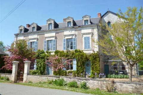 8 bedroom country house  - Angers, Loire, France