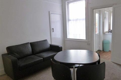 4 bedroom house share to rent - Nelthorpe Street, Lincoln