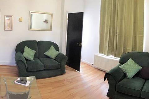 4 bedroom terraced house to rent - Winn Street, Lincoln