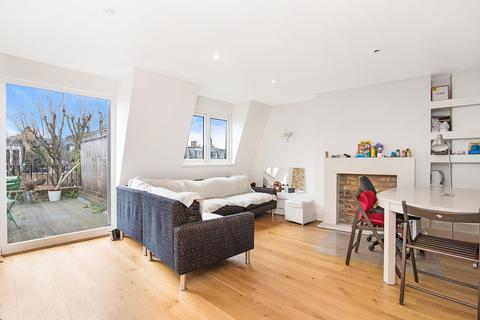 2 bedroom flat to rent - Eardley Crescent, Earls Court, London