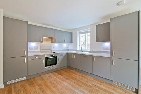 2 bedroom apartment to rent - Flat 9, 79 Trinity Road, Tooting Bec