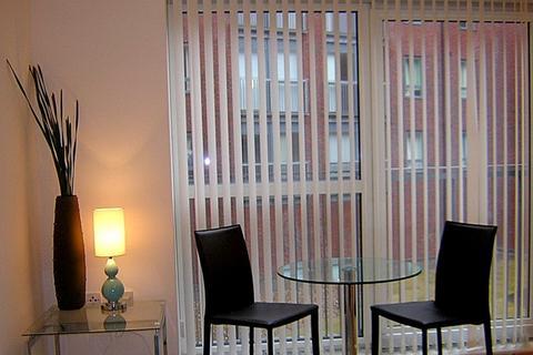 2 bedroom flat to rent - Cornish Sq, 81 Green Lane, Sheffield