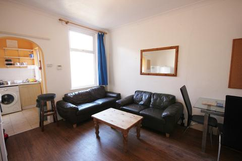 4 bedroom house share to rent - Springhouse Road, Crookes S10