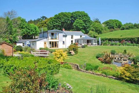 4 bedroom detached house for sale - Gweek, Nr. Helford River, South Cornwall