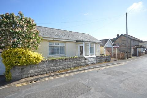 2 bedroom detached house for sale - Parley Road, Bournemouth