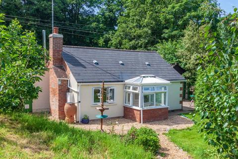 2 bedroom detached bungalow for sale - Cliffords Mesne, Newent