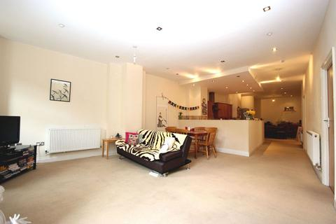 3 bedroom apartment for sale - Old Town, Margate
