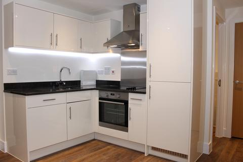 1 bedroom apartment to rent - Ashlar Court, Ravenscourt Gardens, London W6