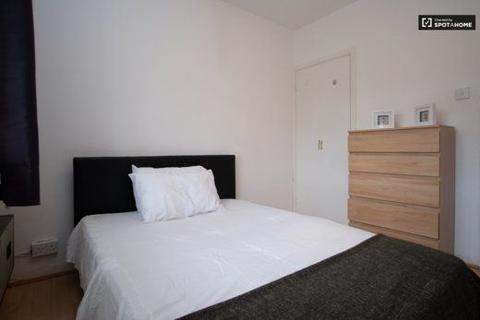 4 bedroom house share to rent - Room C, 63 Roche House