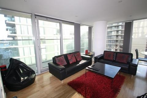 2 bedroom apartment to rent - Landmark West Tower, Marsh Wall, Canary Wharf, London, E14