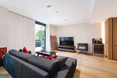 3 bedroom apartment for sale - Fitzroy Place , Pearson Square , Fiztrovia