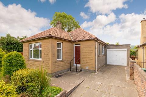 2 bedroom detached bungalow for sale - 34 Hamilton Drive West, Duddingston, EH15 1NR