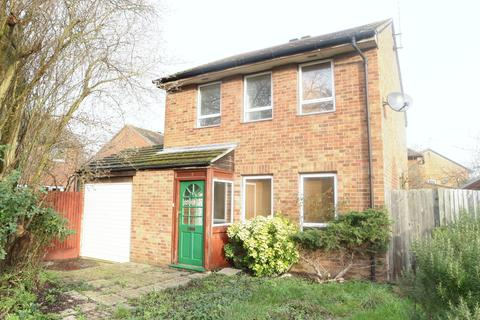 3 bedroom detached house to rent - Huntingdon Close, Lower Earley, Reading, RG6 3AB