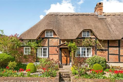 3 bedroom semi-detached house for sale - Church Street, Micheldever, Winchester, Hampshire, SO21