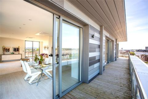 3 bedroom penthouse for sale - Altitude Max, Seldown Lane, Poole, BH15