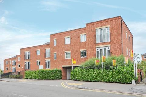 2 bedroom apartment to rent - Ellington Court, Headington, OX3