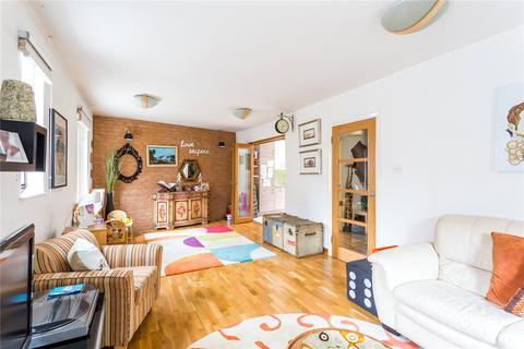 3 bedroom end of terrace house for sale - Rumsey Mews, Islington, London, N4
