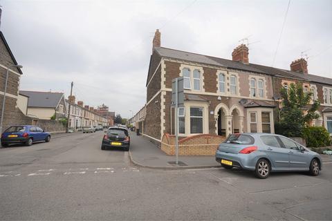 3 bedroom end of terrace house for sale - Habershon Street, Splott, Cardiff. CF24