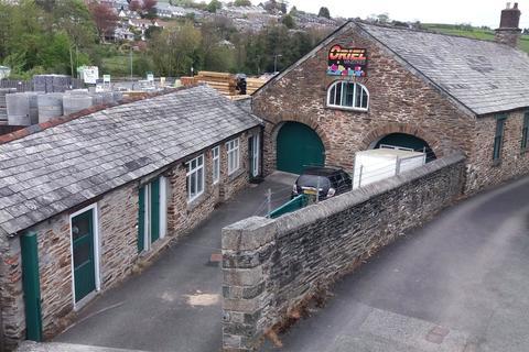 Light industrial to rent - Quarry Lane, Newport