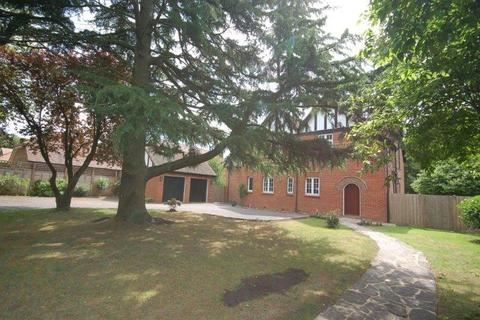 5 bedroom detached house for sale - Ulcombe Road,  Langley Heath, ME17