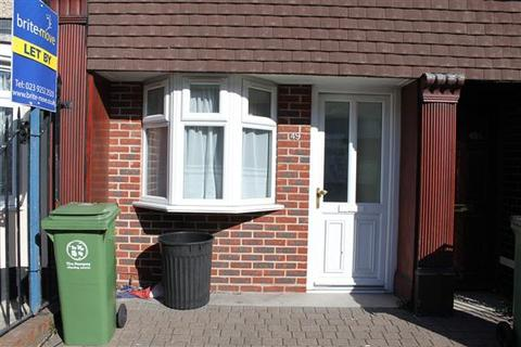 2 bedroom apartment to rent - New Road, Portsmouth