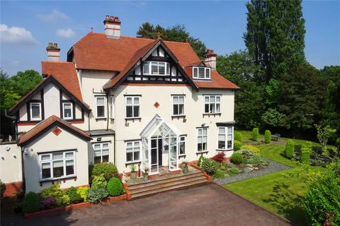 6 bedroom detached house for sale - South Downs Road, Bowdon, Altrincham, Cheshire, WA14